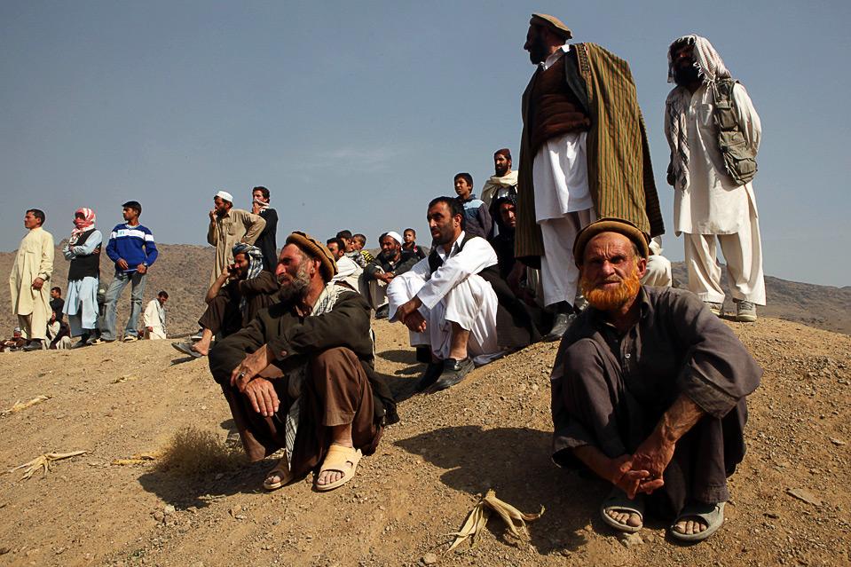 5) Зрители наблюдают за игрой бузкаши в Кабуле 6 ноября. (Majid Saeedi/Getty Images)