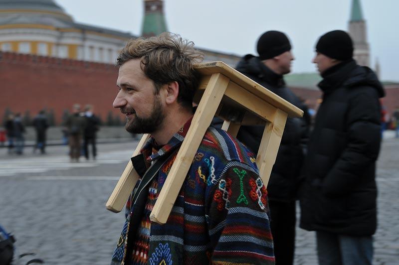 """4) Звоню в """"штаб"""". Оказывается, основная группа опоздала буквально на пару минут и присела на другом конце Красной площади."""