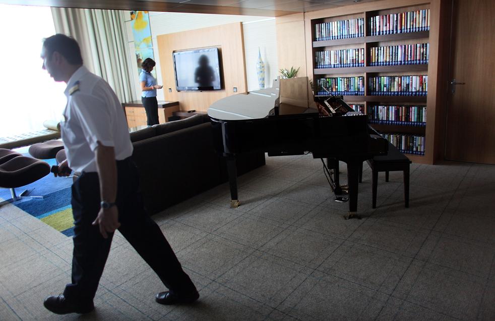 16. Рояль в одной из кают на борту «Оазиса морей» 20 ноября в порту Эверглейдс, Флорида. (Getty Images / Joe Raedle)