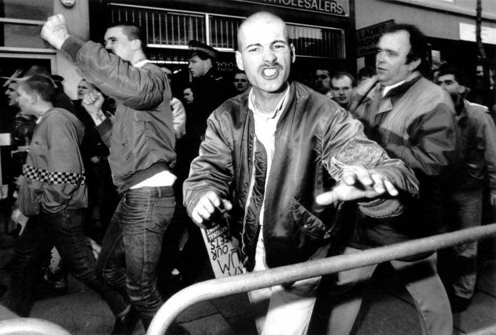 29. Сторонники «Национального фронта» на марше в память Кровавого Воскресенья в Хайбери, Лондон. (David Hoffman)