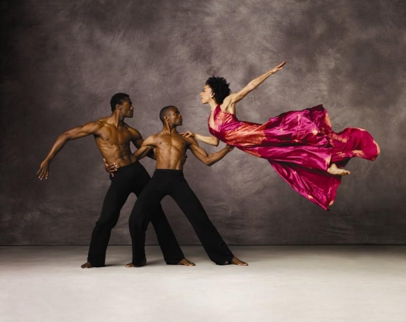 Танцевальная труппа Alvin Ailey American Dance Theater