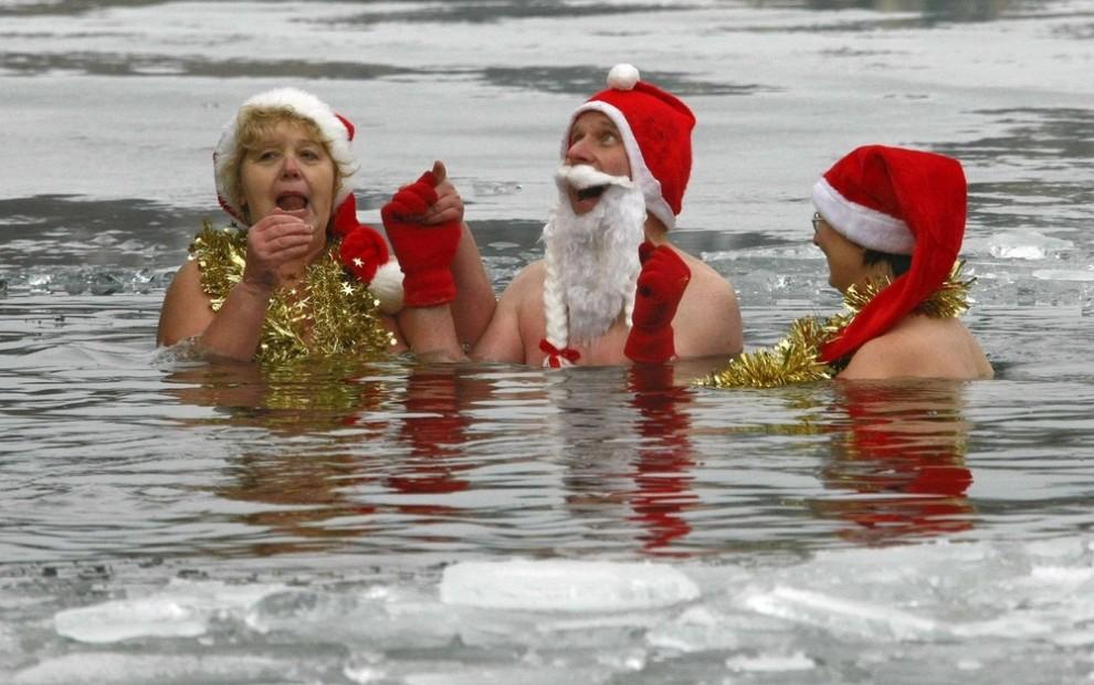 Новогодние прикольные картинки на русском