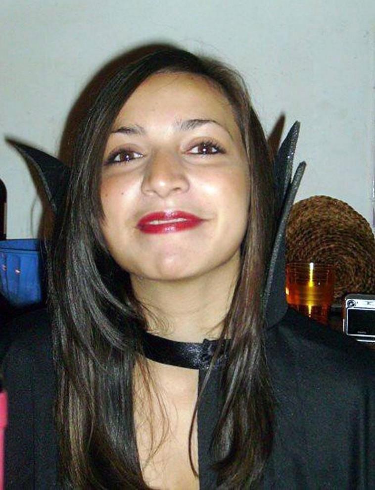 1. 21-летняя Мередит Керчер – студентка по обмену  из Великобритании – была найдена мертвой с перерезанным горлом 2 ноября 2007 года в своей комнате в доме, который она снимала с другими студентами в итальянском городе Перуджа. (AFP - Getty Images)