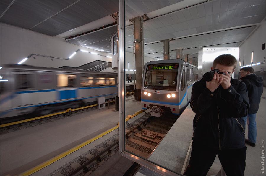 4) Поезд следует до станции Щелковская - теперь это самая длинная линия Мосметро, около 44 км