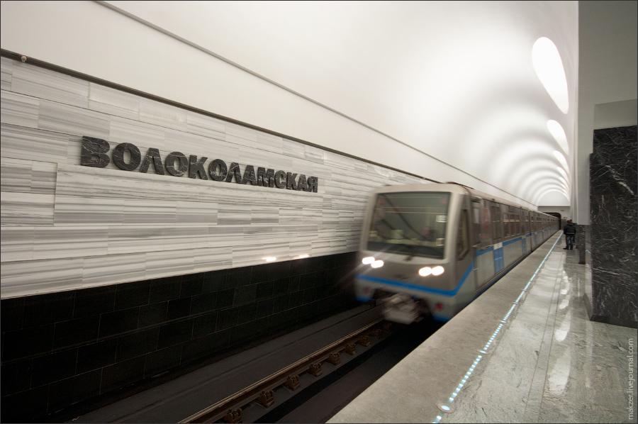 6) Станция Волоколамская - следующая станция на митинском участке.