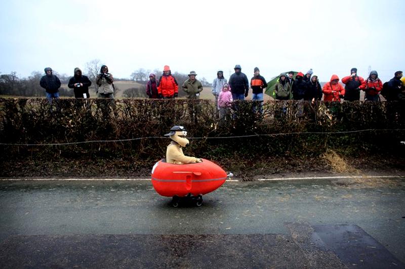 12) Громит пересекающий линию. (Christopher Furlong/Getty Images)