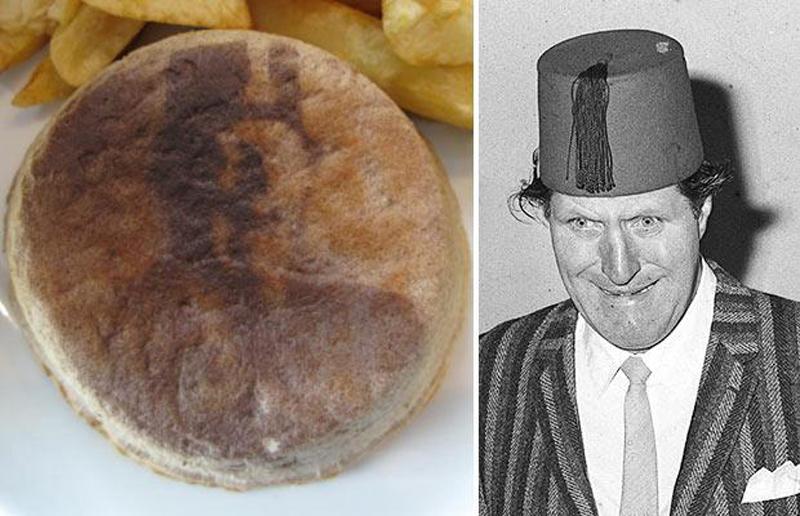 11) Пирог выглядищий как комик Томми Купер в магазине в Кэерфилли (Caerphilly), Южный Уэльс. (PA)