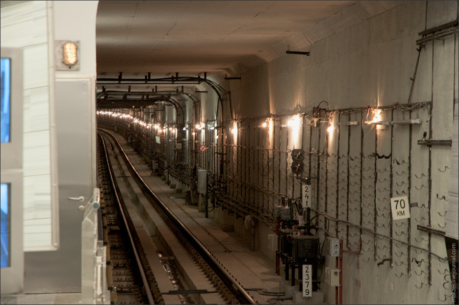14) Тоннель в сторону Волоколамской.