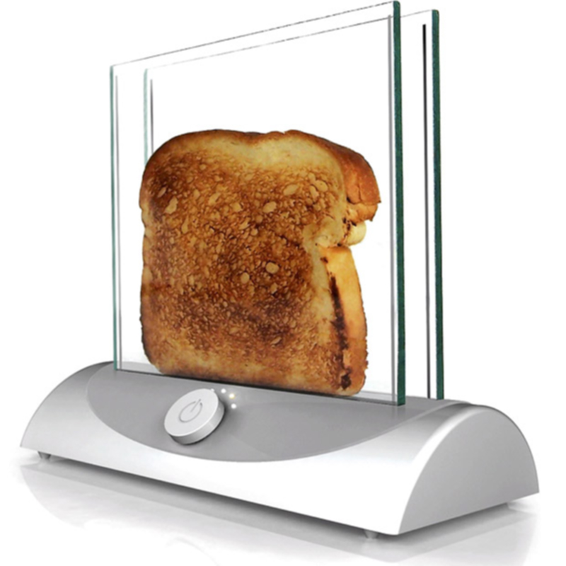 19) Новый прозрачный тостер из стекла позволяет наблюдать тепень зажарки хлеба. (SOLENT)