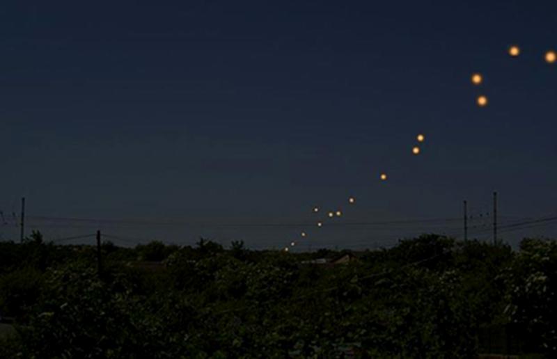 3) Ослепительные оранжевые фонари НЛО в Кембриджшире. (ARCHANT)