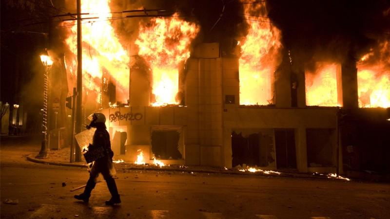 Беспорядки в Греции - год назад