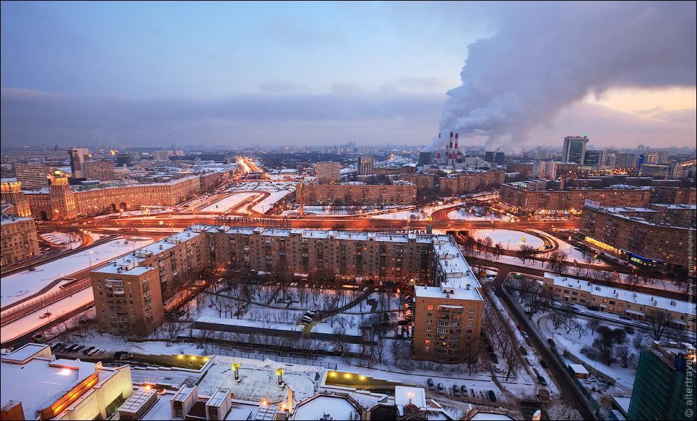 10. Общий вид на Восток. На переднем плане дом №32 по Ленинскому проспекту.