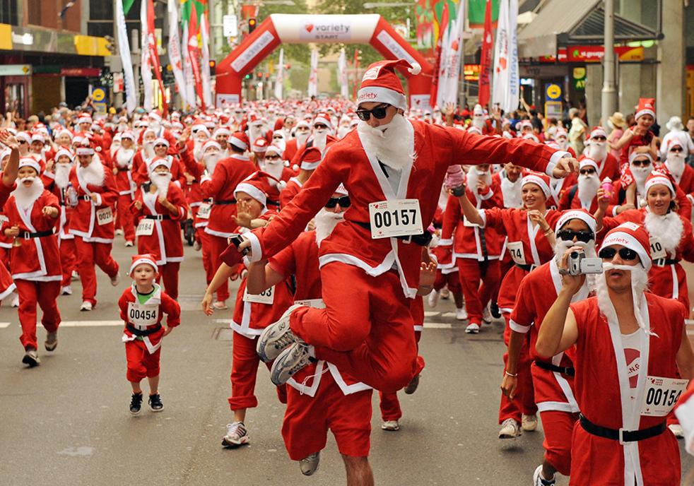 santa100 Санта Клаусы во всем мире