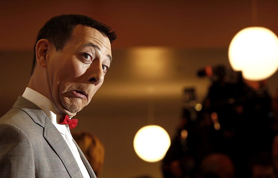 "4. Актер Пол Рубенс прибыл на ночь открытия шоу ""Pee-Wee Herman Show"" в Лос-Анджелесе. (Matt Sayles/Associated Press)"