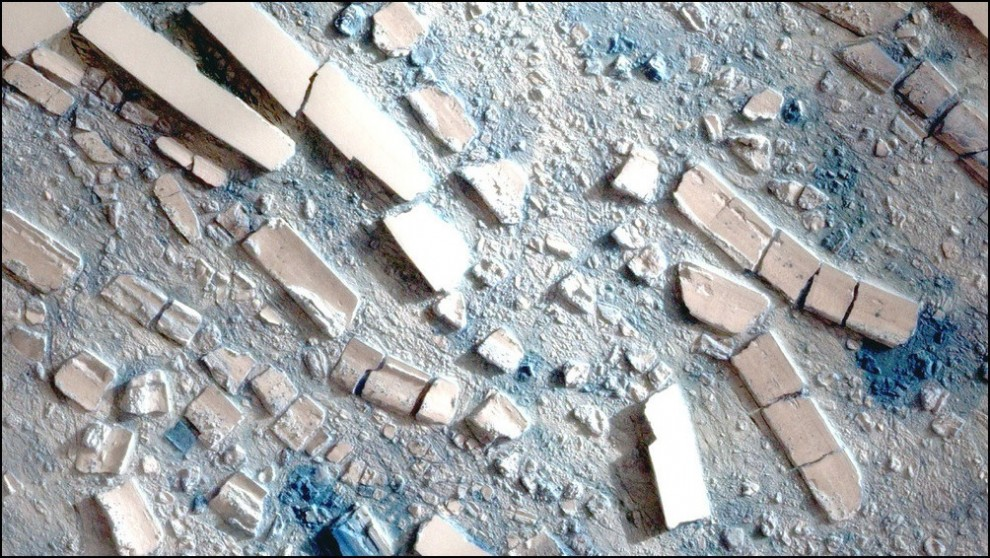 1)© NASA // Снимок со спутника Formosat-2, льды шельфа Вилкинсона.