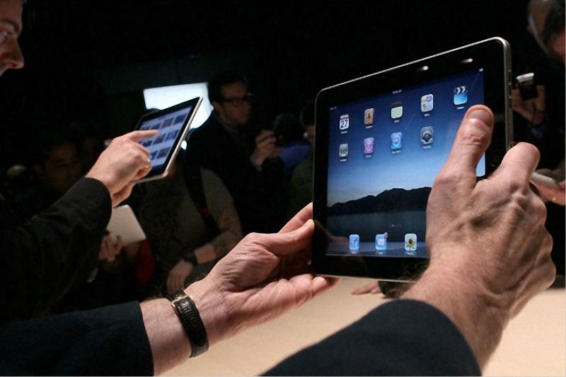2. На планшете iPad будут доступны «практически все приложения» для iPhone, причем «в практически не измененном виде». (Justin Sullivan/Getty Images)