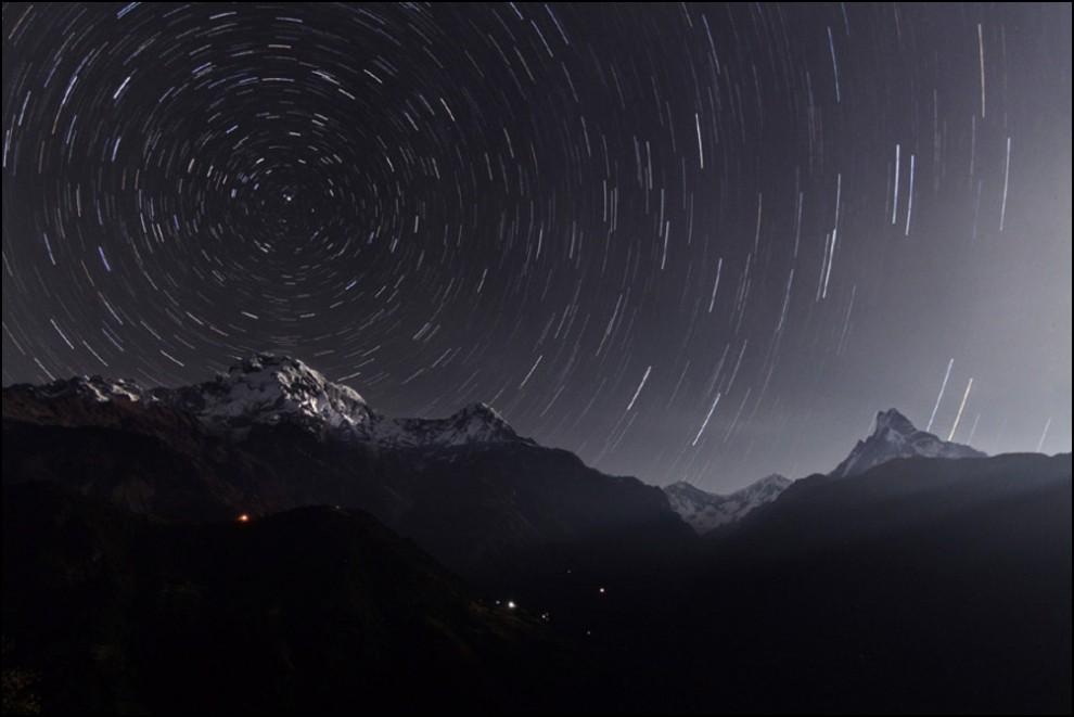 4) © Wang Jinglei // Звездные треки над Аннапурной.