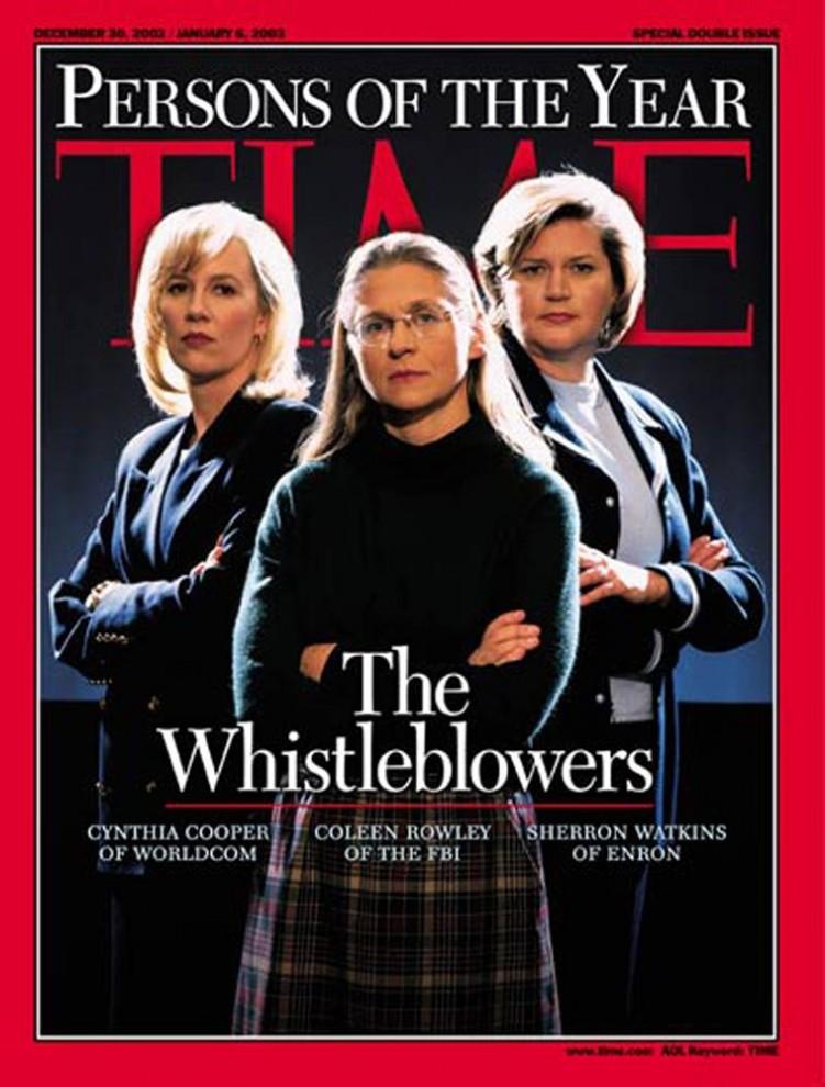 4. В год, когда корпоративные скандалы были главной темой заголовков газет, звание «Человек года» журнала «TIME» получили сразу три женщины: Синтия Купер, разоблачившая мошенничество в фирме «WorldCom», Колин Роули, пытавшаяся привлечь внимание ФБР к Закариусу Муссауи, позднее названному соучастником терактов 11 сентября, и Шерон Уоткинс, предупреждавшая о неправильном ведении бухгалтерских отчетов в компании «Enron».