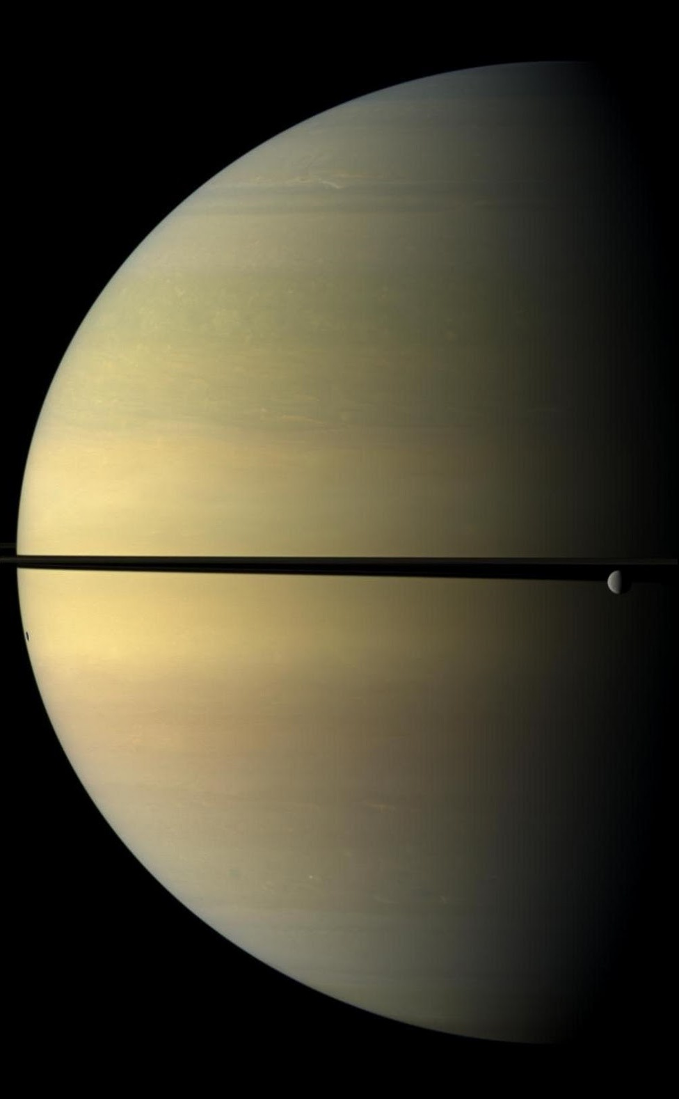 7) Сатурн и луна Реа.
