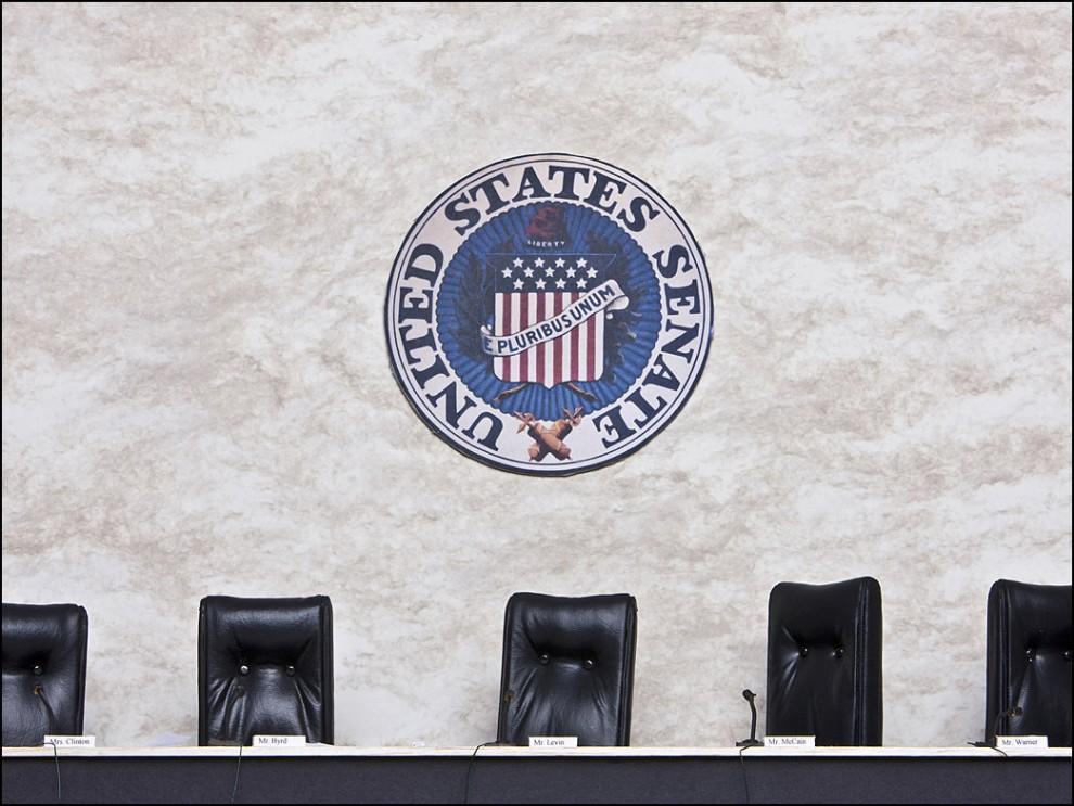 """10) © Bradley Wollman // Senate Armed Service Committee. """"Я хотел изобразить бюрократический аспект войны. Эта комиссия наблюдает за всем начиная от разработки нового оружия до выплат ветеранам войн."""