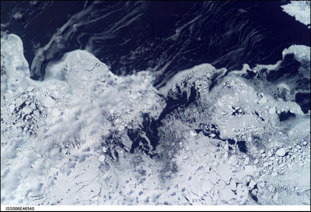 12)© NASA // Лабрадор.