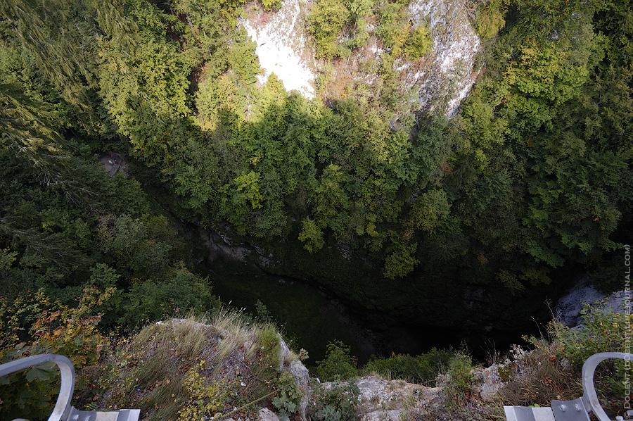 17) Вид сверху.