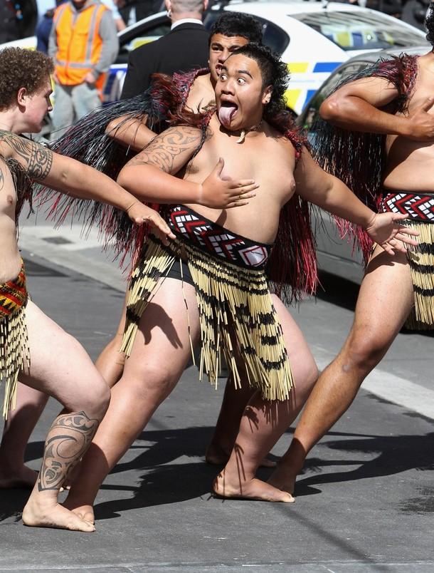 13) Движения танцорам давались как нельзя хорошо. (Chris Jackson/Getty Images)