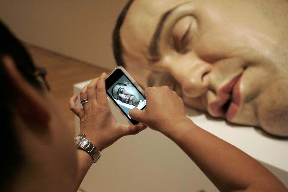 12) Создавая свои скульптуры, автор делает их анатомически корректными, прорабатывая все детали. (Raoul Wegat/Getty Images)