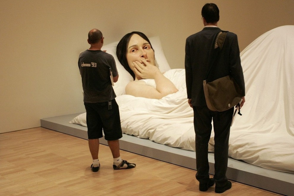 "4) Скульптура ""В кровати"". (Raoul Wegat/Getty Images)"