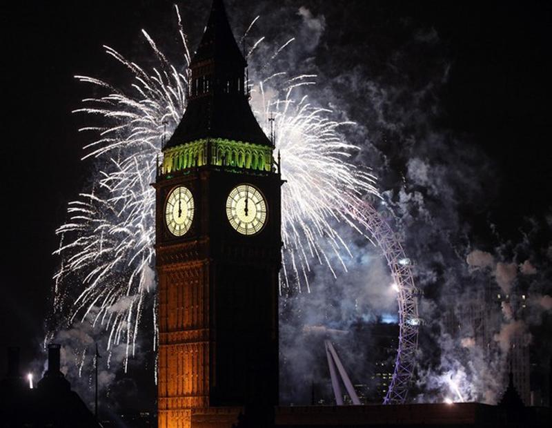 1) Лондонский Биг Бен (Big Ben) в праздничных красках. (Oli Scarff/Getty Images)