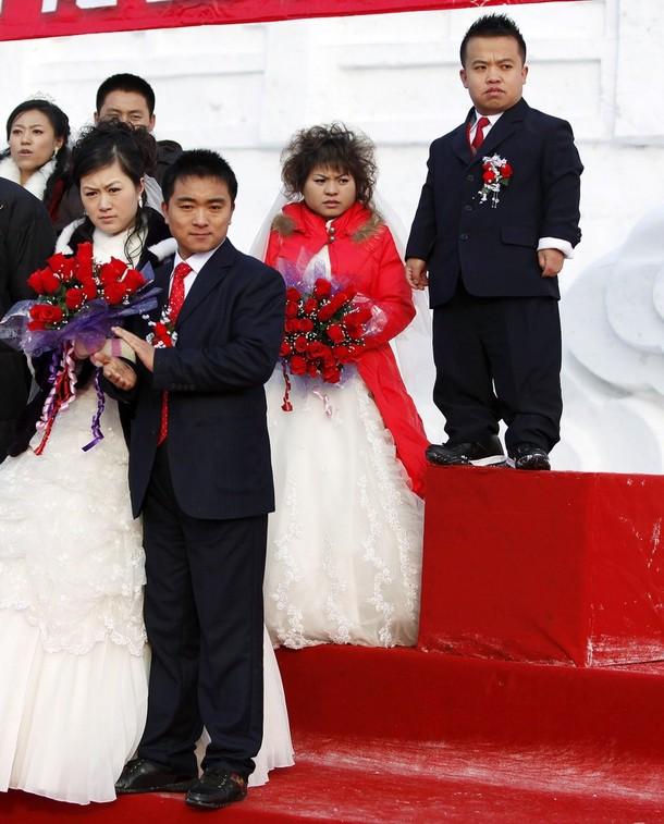 8) Пары, вступившие в брак, были самыми разнообразными.