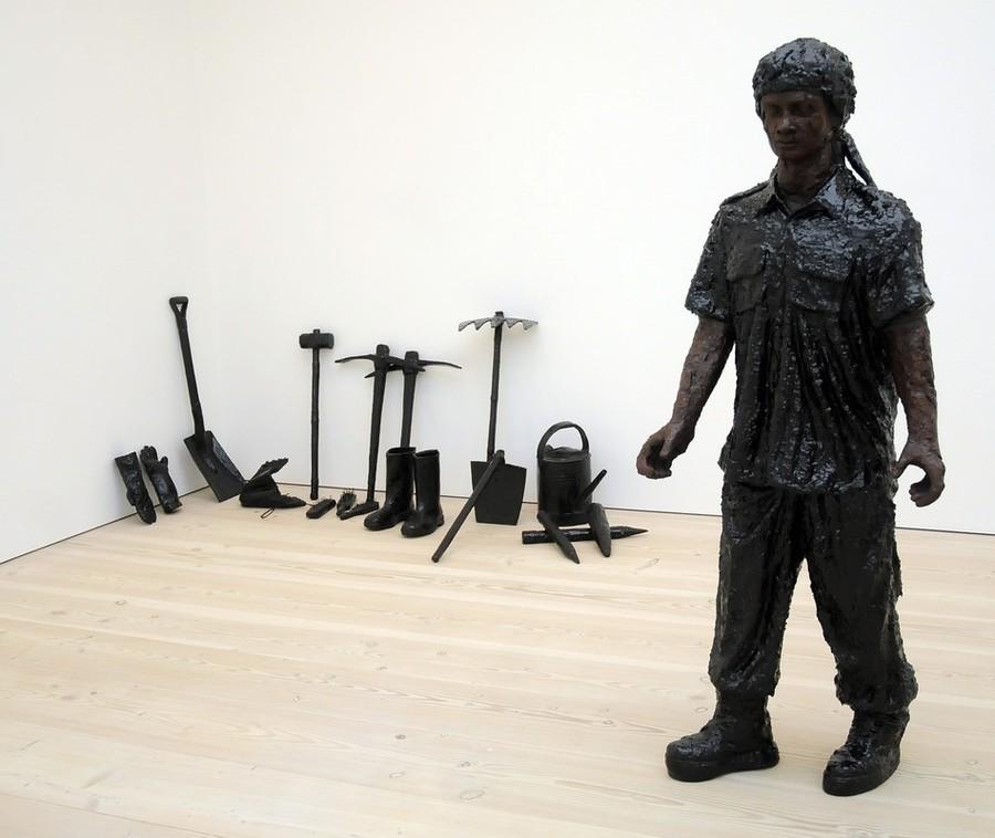 17) Произведение индийской скульпторши Крити Ароры (Kriti Arora).