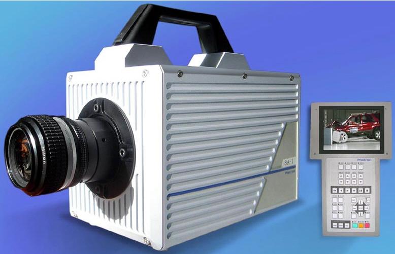 5) Камеры Ultima APX разработаны специально для съемок краш-тестов и некоторые из них делают до 10000кадров в секунду. Эти устройства применяются  и для  других зрелищных и/или страшных целей. (John Herrman)