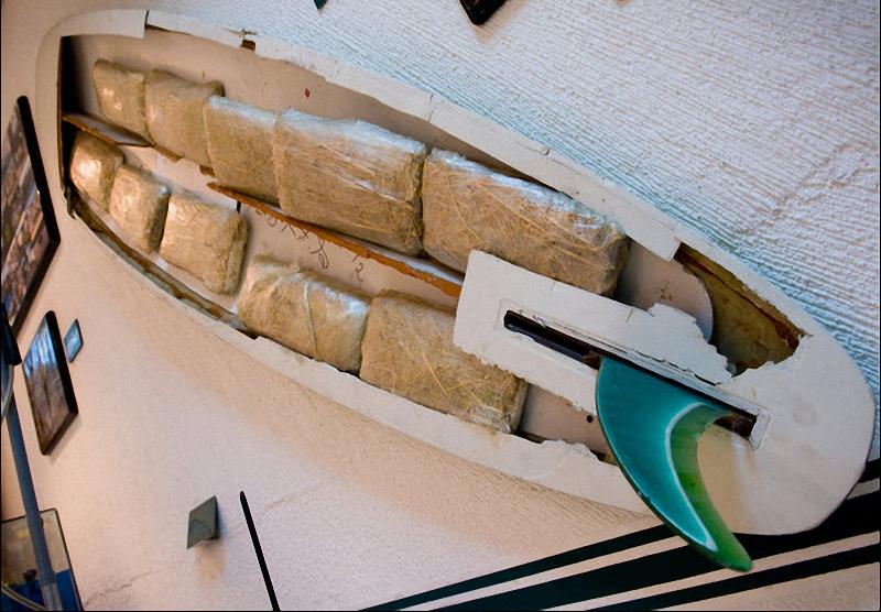 4. Дисплей в музее демонстрирует, как наркоторговцы умудрялись втиснуть марихуану в лодку. (Sarah L. Voisin-Washington Post)