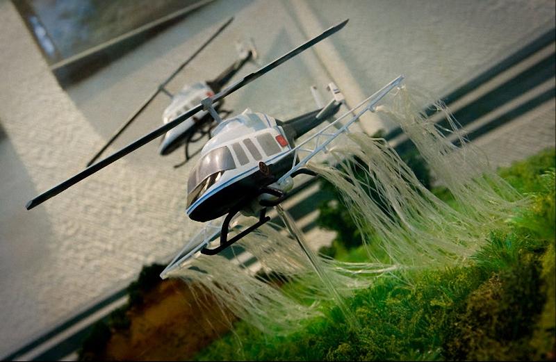 13. В этой диораме изображен военный вертолет, уничтожающий поле марихуаны. (Sarah L. Voisin-Washington Post)