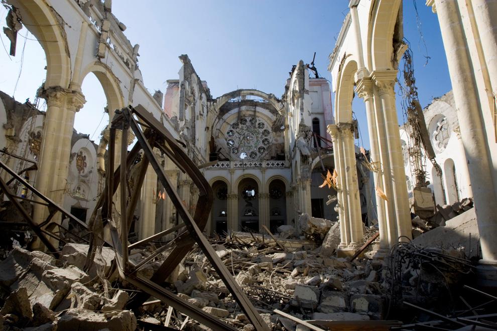 32. Руины собора в Порт-о-Пренс. (Marco Dormino/MINUSTAH via Getty Images)