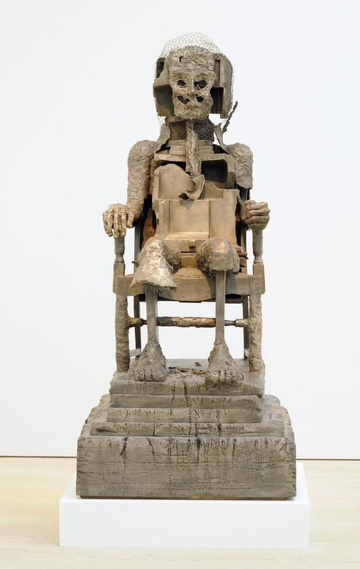 24) Работа скульптора из Пакистана Хумы Бхабхи (Huma Bhabha).
