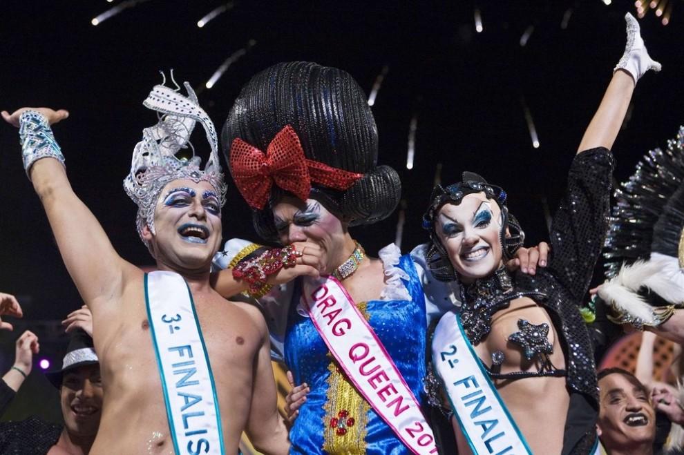 Шоу трансвеститов на Канарских островах