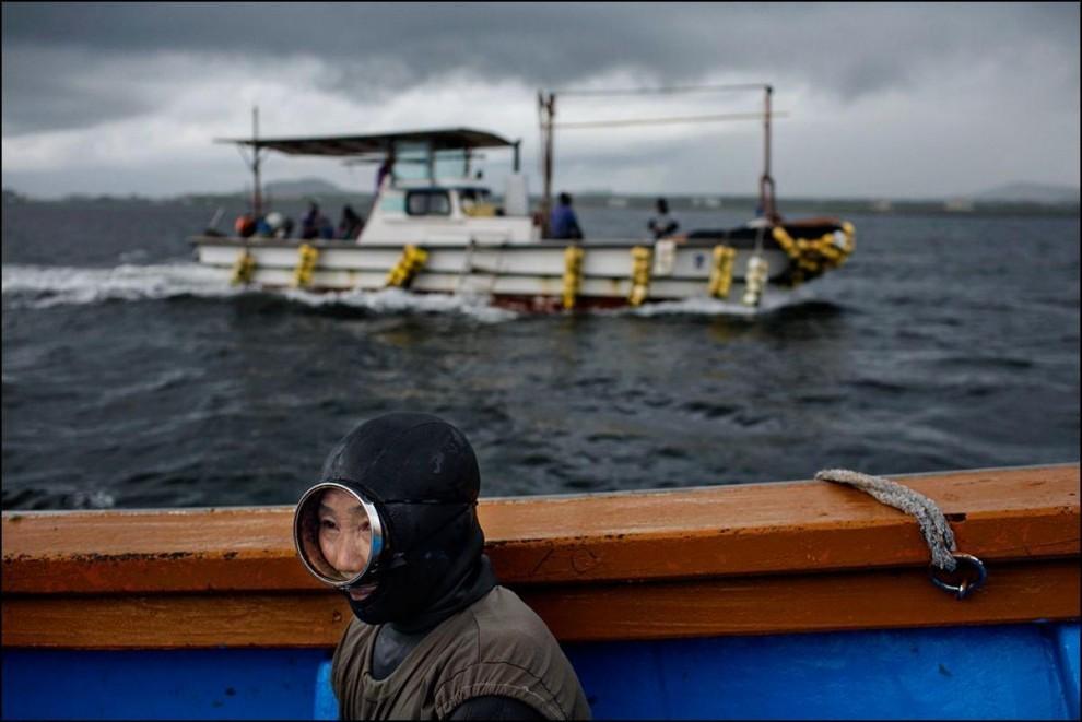 1) Каждая группа хэнё имеет право охотиться только в строго определенном участке моря.