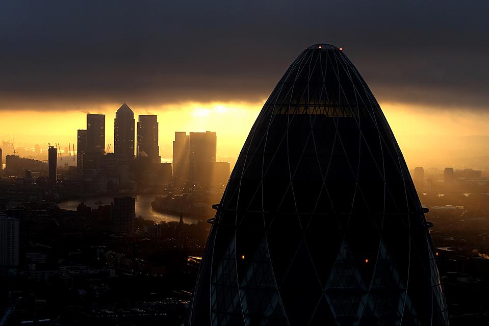 8. Солнце встает над Лондоном. (Dan Kitwood/Getty Images)