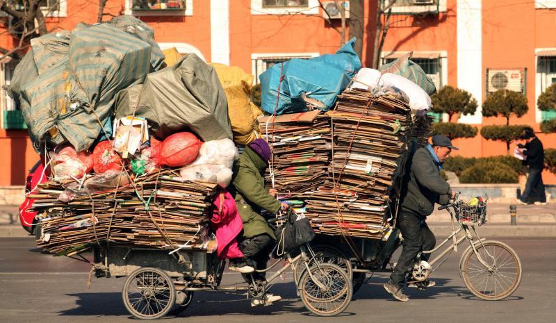 Транспортировка мусора в Китае