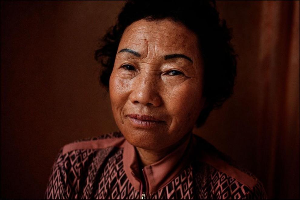 3) Канг Чун Джа, 67 лет, в юности она очень упрашивала мать разрешить ей стать хэнё.