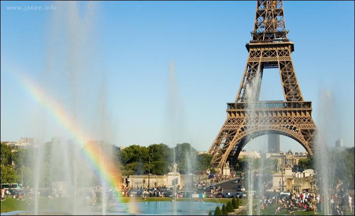 08) Как легко можно догадаться, Франция, Париж :) Август 2009, около 6 вечера.