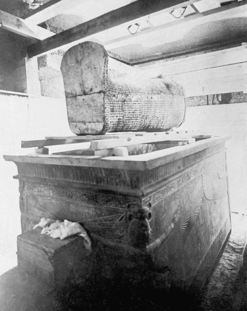 8. Гробница Тутанхамона. Снимок сделан в 1920-ые годы. (AP Photo)