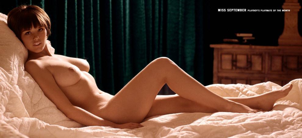 09) Засилье пышных старческих (по нашим меркам) причесок в сентябре 1966 года разбавила 19-летняя Диана Чандлер (Dianne Chandler). Чудо-красавица и по сегодняшним стандартам, правда, фигура в стиле тех же пятидесятых-шестидесятых: втянутый живот и торчащие ребра.