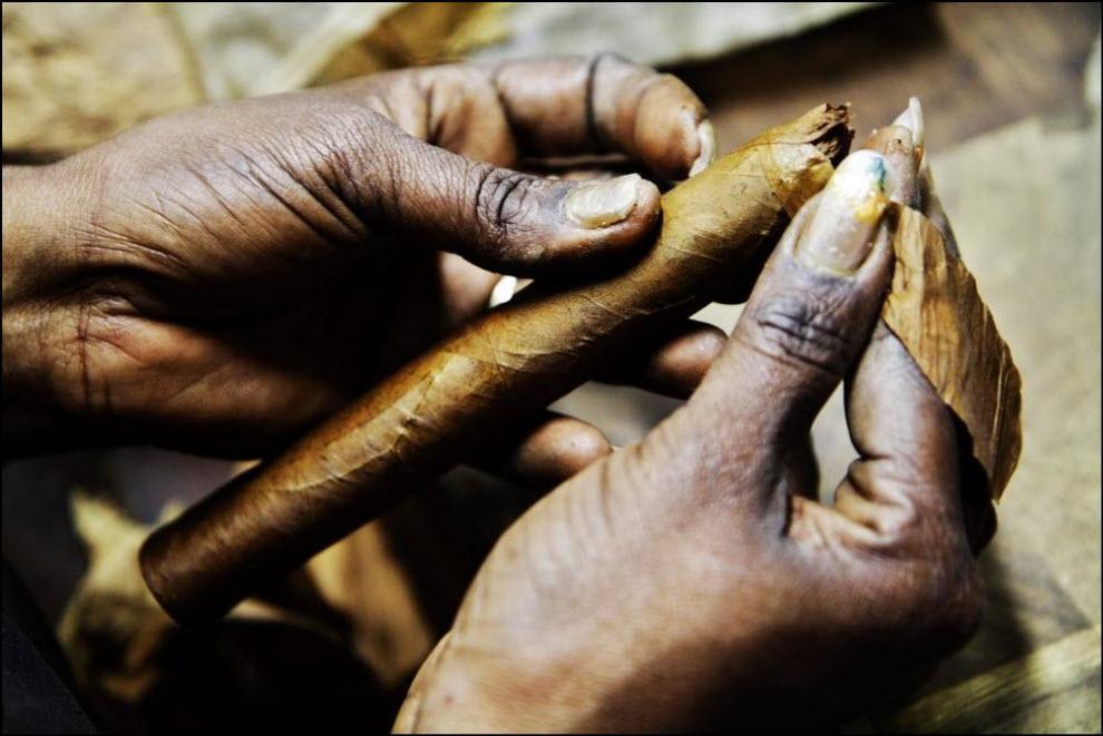 09) Cohiba Behike cigar.