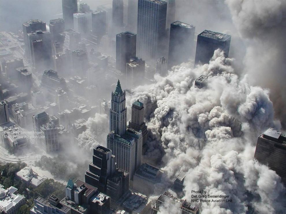 1026 990x742 Una nueva mirada sobre los acontecimientos del 11 de septiembre