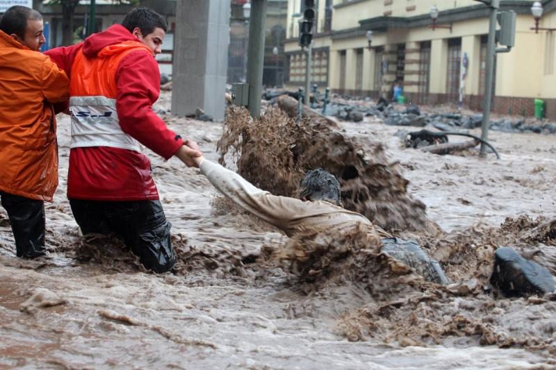 Наводнение на Мадейре