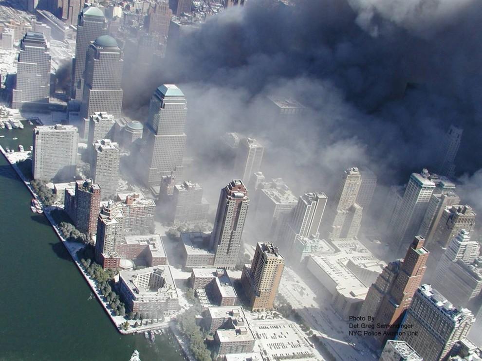 1126 990x742 Una nueva mirada sobre los acontecimientos del 11 de septiembre