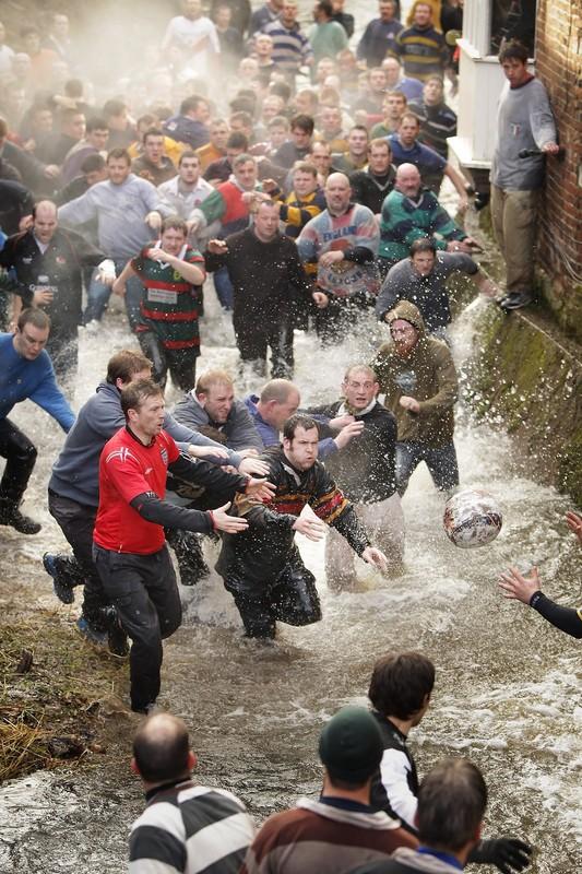 1152 Дербиширский футбол без правил